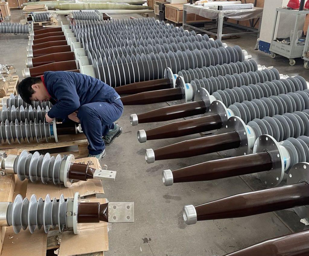 RIS 72.5kV 126kV 252kV Polymer Transformer Bushings